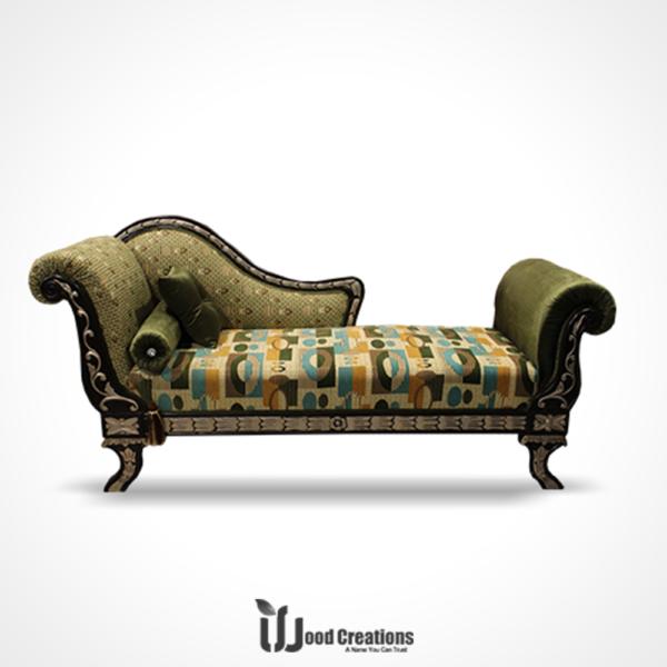 Azalea Deewan With Cushions
